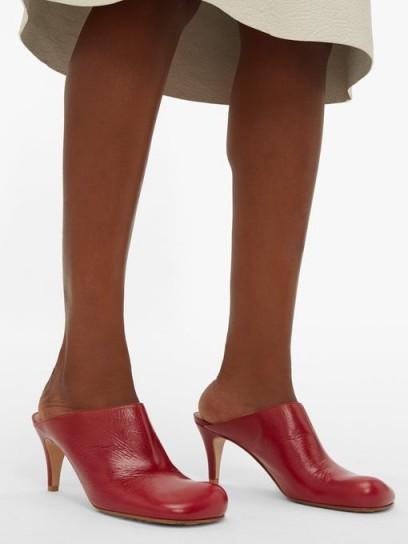BOTTEGA VENETA Exaggerated-toe burgundy-leather mules