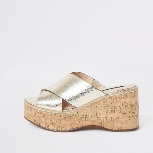 River Island Gold metallic cross vamp wedges | luxe style summer wedged sandals