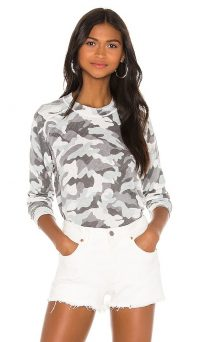 27 miles malibu Madi Sweater in Dove / grey camo print crew neck