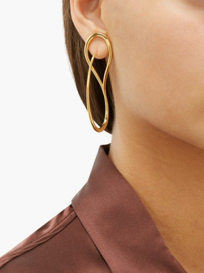 CHARLOTTE CHESNAIS Needle 18kt gold-vermeil earrings