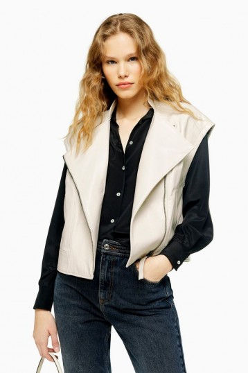 TOPSHOP White Leather Gilet – sleeveless jacket