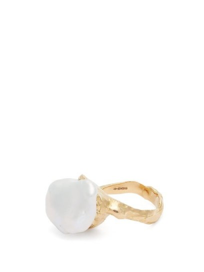 NADIA SHELBAYA 206 baroque-pearl ring