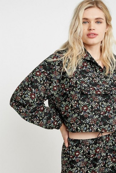 UO Floral Tapestry Popover Jacket Black Multi ~ hooded jackets