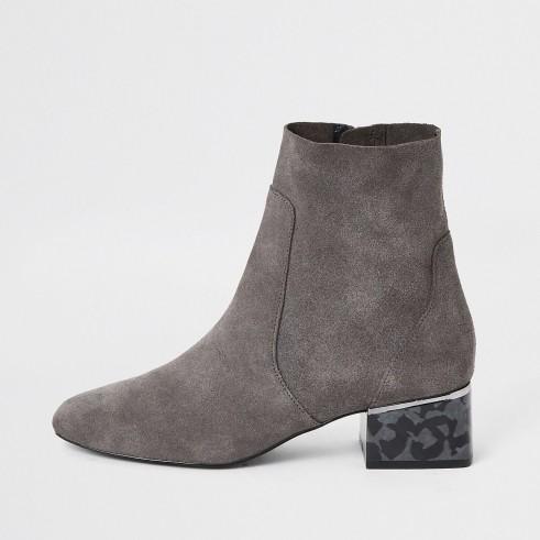 RIVER ISLAND Grey printed bock heel boots