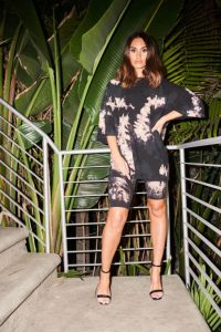 THE COUTURE CLUB TIE DYE OVERSIZED TEE in BLACK