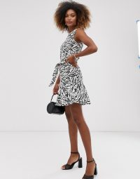 Warehouse dress with belt in zebra print