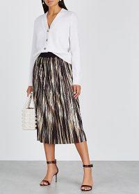 ALICE + OLIVIA Mikaela pleated foil-print midi skirt / shimmering skirts