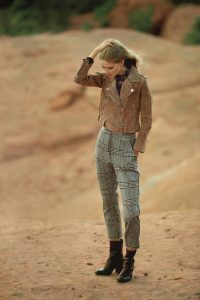 ANTHROPOLOGIE Dickens Trousers ~ cropped plaid pants