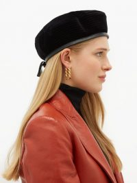 GUCCI Emille black velvet beret ~ chic accessory