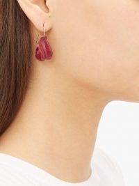 JIL SANDER Enamel drop earrings in burgundy