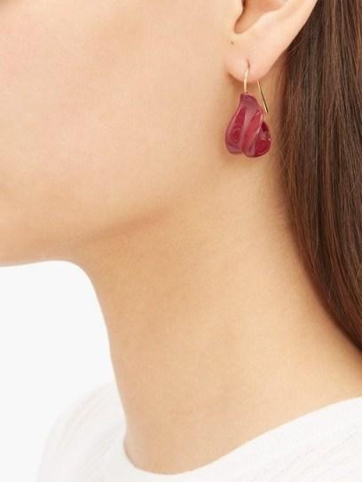 JIL SANDER Enamel drop earrings in burgundy - flipped