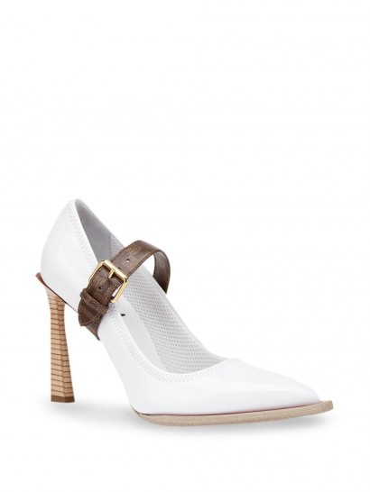 FENDI FF strap décolleté pumps in white