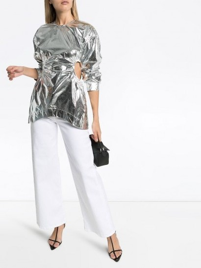 MARKOO cut-out side blouse in metallic-silver / high-shine top - flipped