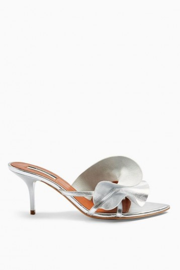 TOPSHOP RUFFLE V Point Mules in Silver