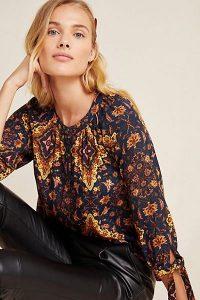 Kachel Ale Geometric Top Blue Motif / tie sleeve detail blouse