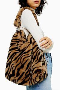 TOPSHOP FERN Tiger Faux Fur Hobo Bag / fluffy shoulder bags