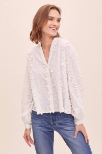 ANTHROPOLOGIE Hilda Textured-Floral Blouse in White / 3-D look flower applique top