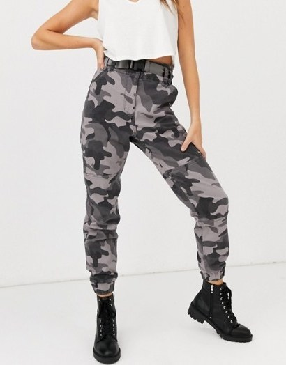 Hollister structured utility jogger in camo in grey - flipped