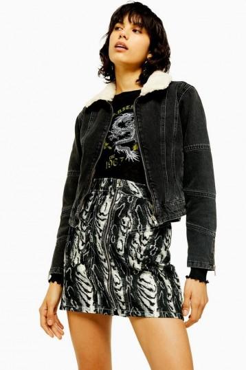 TOPSHOP IDOL Washed Black Borg Lined Denim Jacket