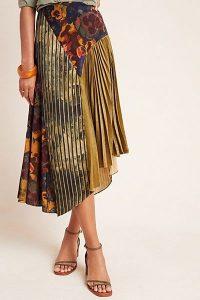 Geisha Designs Paulette Pleated Midi Skirt Green Motif / asymmetric hemline skirts