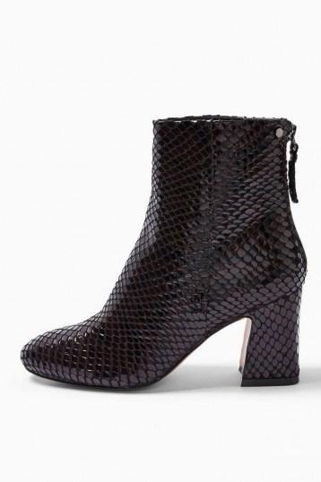 Topshop BELIZE Burgundy Smart Boots   textured block heel boot - flipped