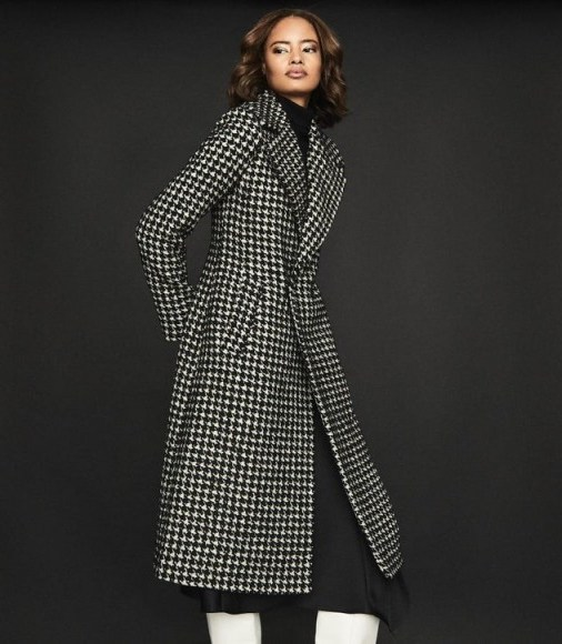 Reiss CELIA DOGTOOTH CHECK OVERCOAT MONOCHROME – classic winter coats - flipped