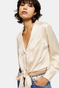 TOPSHOP Cream Satin Knot Front Shirt – cropped shirts