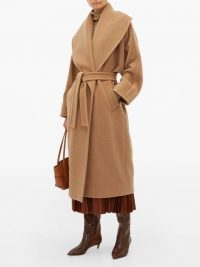 MAX MARA Fretty coat in camel ~ classic wrap coats