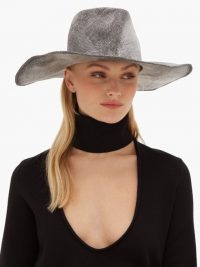 REINHARD PLANK HATS Nana P wide-brimmed straw hat in grey / hats / chic accessory