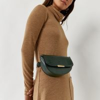 Warehouse SADDLE BELT BAG in DARK GREEN