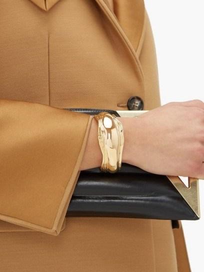 BOTTEGA VENETA Asymmetric grooved cuff ~ gold-tone brass cuffs - flipped