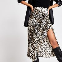 RIVER ISLAND Beige leopard print twisted satin midi skirt