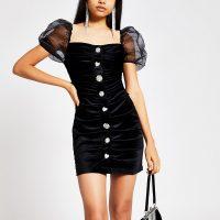 RIVER ISLAND Black velvet puff sleeve mini dress – lbd