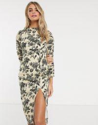 Hope & Ivy pencil dress in wallpaper floral / front split dresses