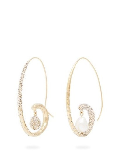 GIVENCHY Moonlight Pearl mismatched hoop earrings / glamorous statement hoops - flipped
