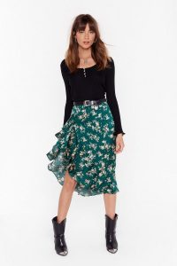NASTY GAL Nothing Bud a Goodtime Floral Midi Skirt in Green. SIDE RUFFLE SKIRTS
