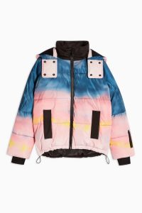 Topshop SNO Ombré Printed Ski Jacket – multicoloured winter sports jackets / skiing outerwear