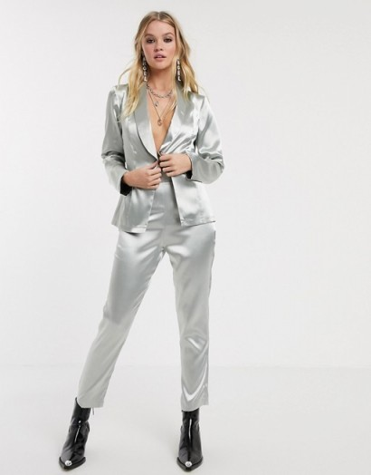 Reclaimed Vintage inspired suit trousers in silver metallic – silky smooth pants