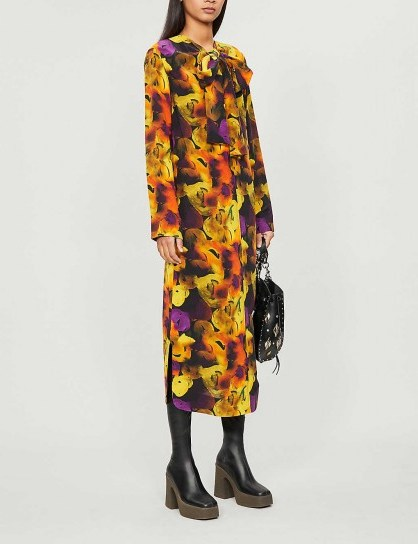 GANNI Tied-neck floral-print crepe midi dress in lemon – bright and bold prints - flipped