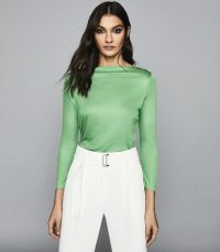 Reiss MARILYN STRAIGHT NECK TOP GREEN – Monroe style