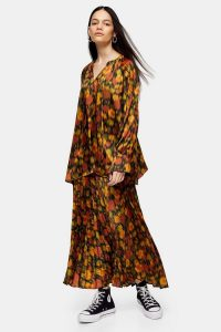 Topshop Boutique Orange Floral Pleated Skirt / seventies style prints / floaty dresses