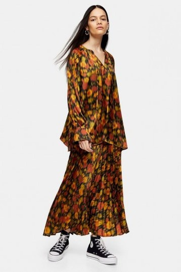 Topshop Boutique Orange Floral Pleated Skirt / seventies style prints / floaty dresses - flipped