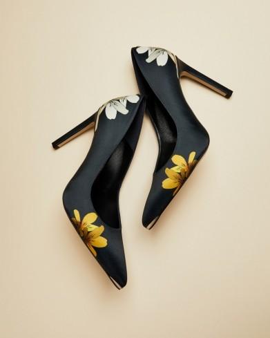Ted Baker MENIPP Savanna high heel courts in dark blue – floral court shoes