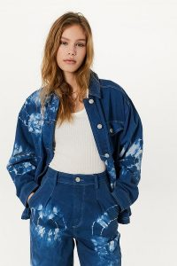 BDG Tie-Dye Shirt Jacket in Blue