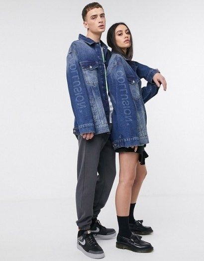 COLLUSION Unisex oversized branded denim jacket in blue – logo print jackets - flipped