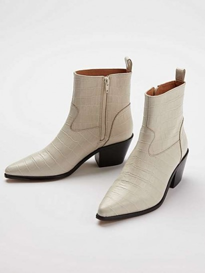 OLIVER BONAS Cowboy Moc Croc White Leather Ankle Boots