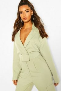 boohoo Cropped Boxy Blazer in Sage