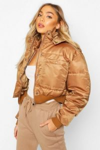 boohoo Cropped Double Pocket Puffer Jacket in mocha – padded – casual – outerwear