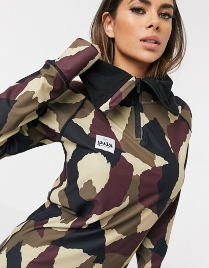 Eivy Icecold Hood Top base layer in wine camo - flipped