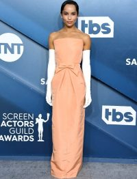 Zoe Kravitz does an Audrey Hepburn, wearing a peach custom made strapless Oscar de la Renta gown at THE 26TH ANNUAL SCREEN ACTORS GUILD AWARDS, January 2020 | chic celebrity event fashion